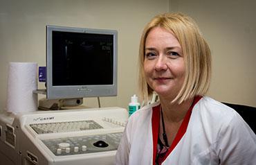 Dr. Camelia Restea
